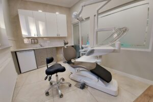 http://www.orladentalclinic.pl/wp-content/uploads/2021/01/5-1-scaled-300x200.jpg